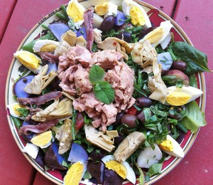 Accidental Locavore A Salad Nicoise