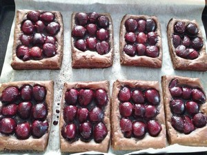 Accidental Locavore Chocolate Cherry Tarts