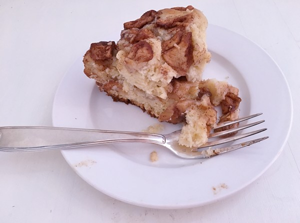 accidental-locavore-slice-of-apple-cake