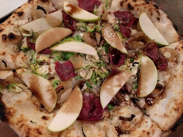 Accidental Locavore Pizza With Apples