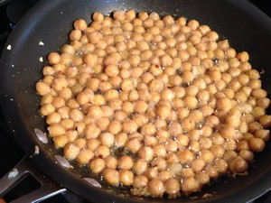 Accidental Locavore Frying Chickpeas