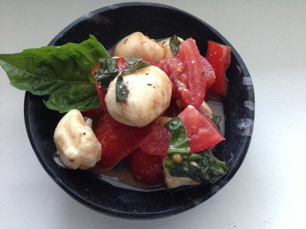 Accidental Locavore Tomato Mozzarella Basil