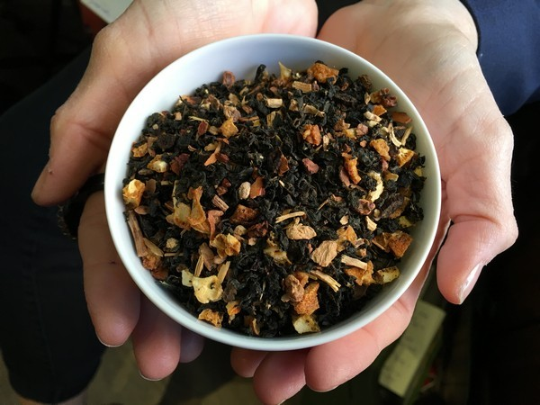 Accidental Locavore Holiday Blend Tea
