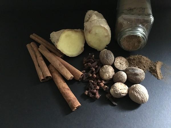accidental-locavore-pumpkin-spice-ingredients